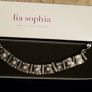 Loa Sophia necklace